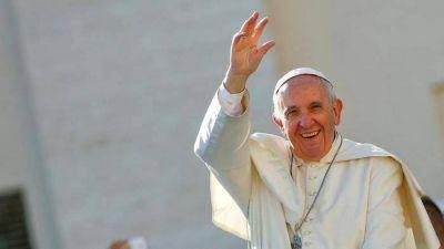 Los 80 años del Papa y las direcciones para felicitarlo