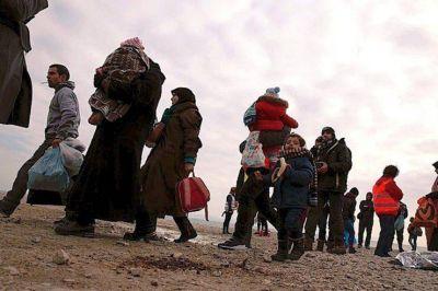 """El Papa pide """"afrontar la crisis del desplazamiento masivo"""""""