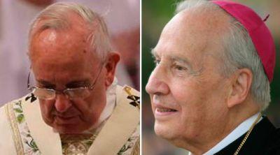 Papa Francisco reza por el fallecido Prelado del Opus Dei, Mons. Javier Echevarría