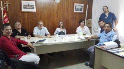 Profesionales de Región Sanitaria evalúan el Hospital Municipal para determinar si se puede otorgar la apertura de residencias