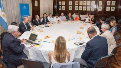 Cáceres se reunió con el sector vitivinícola para charlar sobre importaciones