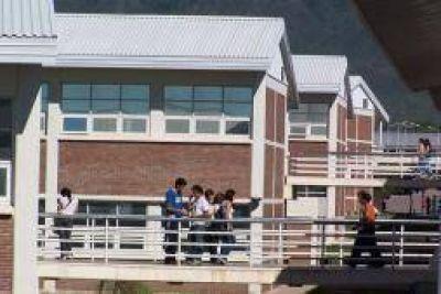 Día clave en la UNLaR. Se vota el nuevo estatuto universitario