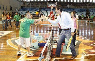 El Gobernador compartió actividades en el cierre anual de la Fundación Baccigalupo