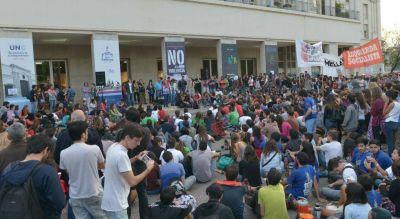 UNC: clima de tensión por la Asamblea