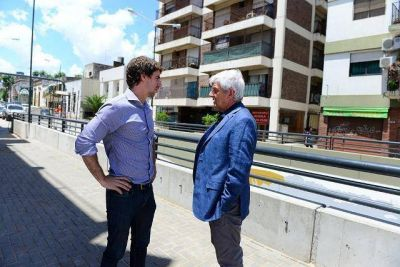 Andreotti supervisó los detalles finales del nuevo túnel de 202, que se llamará Dr. René Favaloro