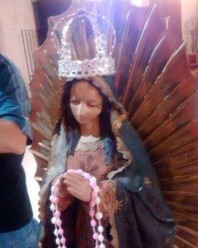 Los fieles recibieron a la Virgen de Guadalupe en la Catedral