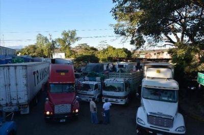 Empresarios crean guía para facilitar transporte de carga en Centroamérica