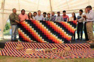 El gobernador Peppo reivindicó la lucha de los pueblos originarios para recuperar las tierras