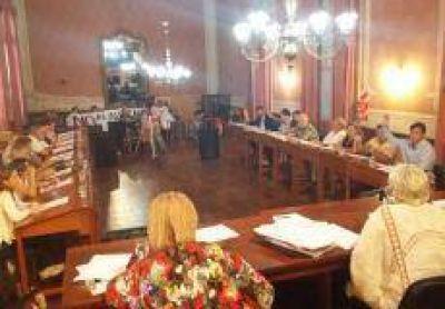 Aumento de tasas: Los argumentos de los concejales que votaron en contra