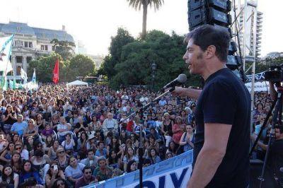 Kicillof en La Plata, duro contra Macri