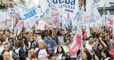 Se movilizarán los docentes bonaerenses para pedirle reapertura de paritarias a Vidal