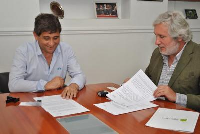 Loberia: Fioramonti firmó un convenio con el Secretario Legal y Técnico de la provincia de Buenos Aires, Julio Conte-Grand