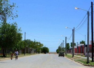Invierten más de 25 millones en asfalto e iluminación para 5 pueblos