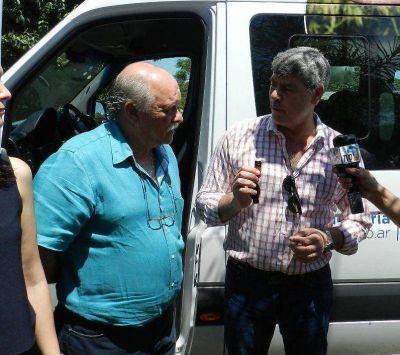 Buryaile entregó un vehículo de transporte de pasajeros al Centro Regional Chaco-Formosa del Senasa