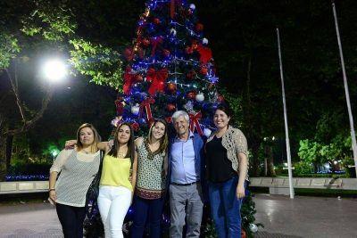 San Fernando se viste para recibir las Fiestas