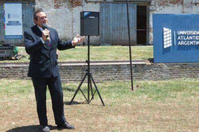 Etchevarren anunció la construcción de la nueva sede de la Universidad Atlántida Argentina