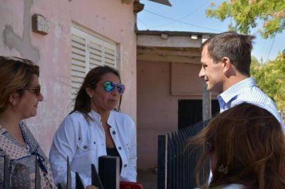 El intendente Bucca recorrió la obra de pavimento en barrio 'Anteo Gasparri'