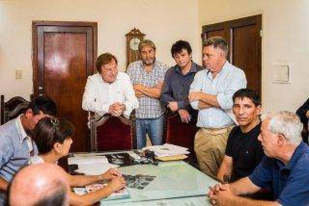 Varisco informó a gremios municipales que pagará un bono de fin de año
