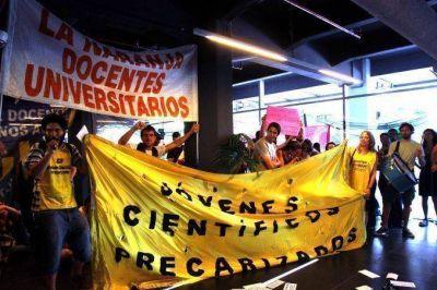 Investigadores tomaron el Ministerio de Ciencia contra el recorte en el Conicet