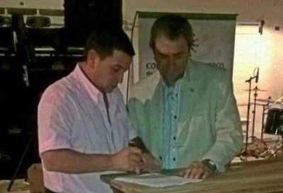 El intendente de Pellegrini firmó un convenio de Cooperación y Asistencia con el Colegio de Ingenieros