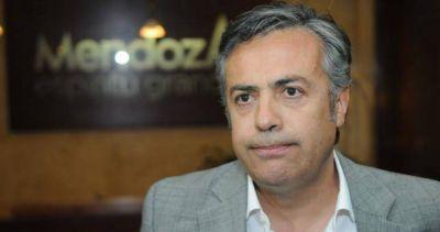 """Mendoza: """"El gremio que rechace no va a cobrar el bono"""""""