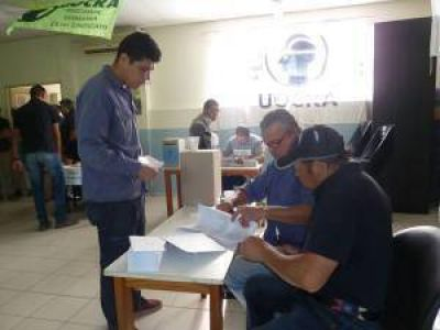 UOCRA votó y Néstor Chavarría ganó