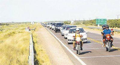 Guerra del agua: fuerte caravana en La Pampa