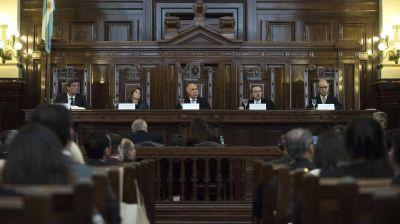 """La Corte Suprema suspendió provisoriamente las obras de las represas """"Kirchner"""" y """"Cepernic"""" en Santa Cruz"""