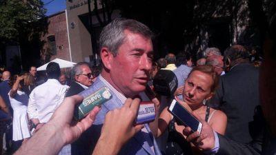 Zubieta critico el Presupuesto 2017 y a Zulma Ortiz por la privatización de servicios
