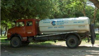 Por las altas temperaturas, se complica la provisión de agua