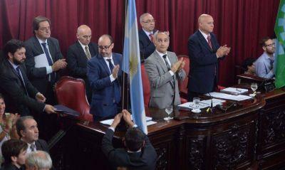 Interna peronista y lealtad massista con beneficios le dieron el Presupuesto a Vidal