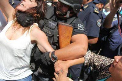 La policía de Morales reprimió a diputados que quisieron ver el juicio a Milagro Sala