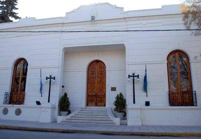 Viedma: Municipio deposita el aguinaldo y bono de 3.500 pesos