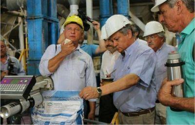 Peppo inauguró una planta de genética algodonera