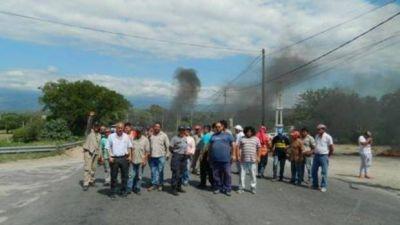 Esta vez el conflicto en Valle Viejo estalló por los aguinaldos