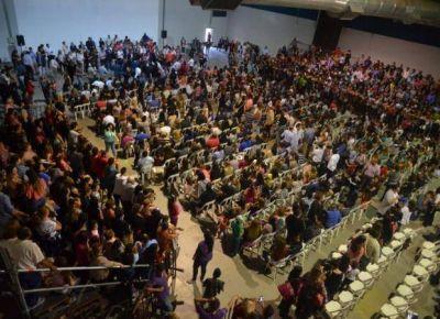El Gobierno entregó 400 casas en La Punta y celebró un récord: 3112