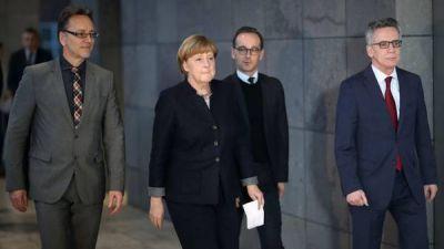 Ola de críticas contra Merkel y la policía por el atentado en Berlin