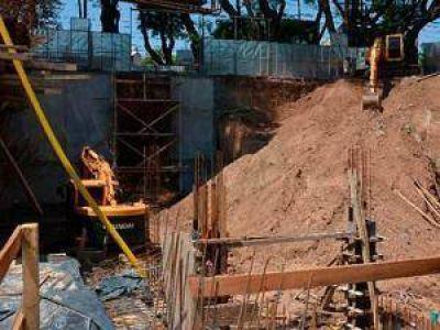 Por la rotura de un caño de la red cloacal de AySA, la avenida Libertador permanecerá cerrada