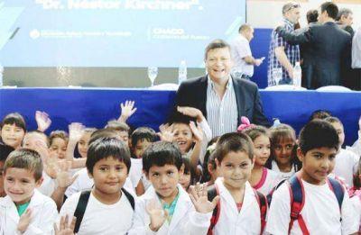 El gobernador advierte que el sistema educativo público está al límite