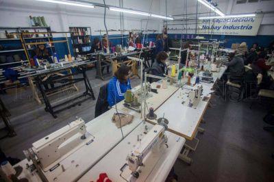 Impulsan la reapertura de la Escuela de Capacitación Textil