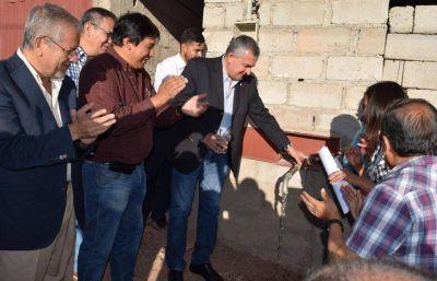 Inauguraron la red de agua en un loteo de Humahuaca