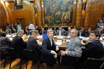 Oficialismo provincial sin críticas por la renuncia de Prat-Gay