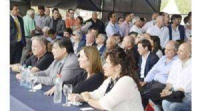 Ducoté niega acuerdo político con Zúccaro y Molina