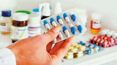 Porteños, sin remedio: la mitad no va al médico y se automedica