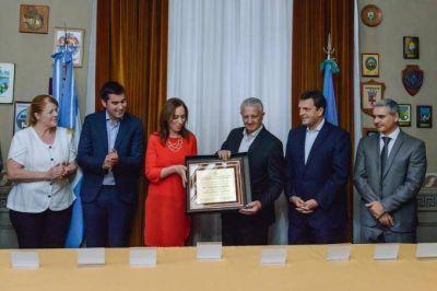 Con elogios cruzados, Vidal y Massa homenajearon a Sarghini en la Legislatura