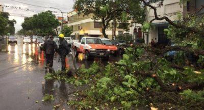 Duras críticas contra el intendente capitalino, tras el temporal