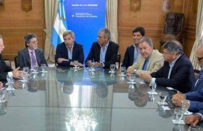 Peppo firmó acuerdo con Nación para la devolución del 1,9% de coparticipación