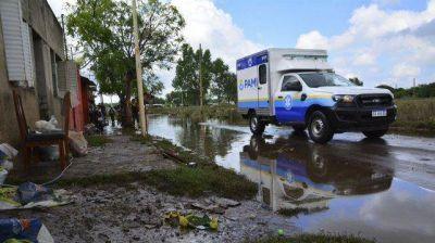 Más de 300 evacuados esperan que baje el agua para volver a sus casas