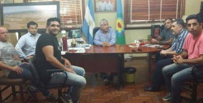 Gobierno acordó bono de mil pesos para los municipales