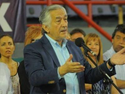Ganancias: reclamo a Macri por la pérdida de fondos provinciales